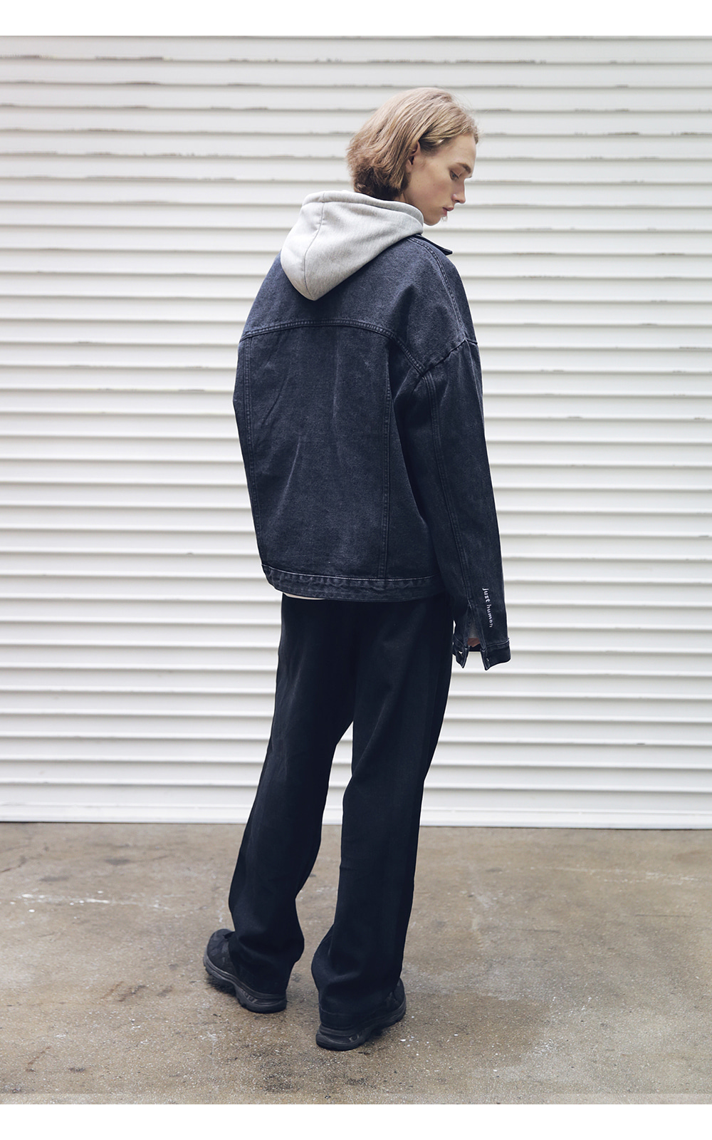 매스노운(MASSNOUN) SB OVERSIZED DENIM JACKET MFEJK004-BK